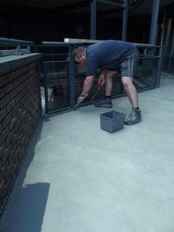 Nieuw aangestorte vloer coaten