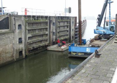 Plaatselijke betonreparaties sluiswanden