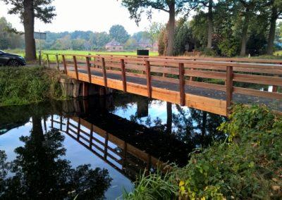 Herstel houten brug